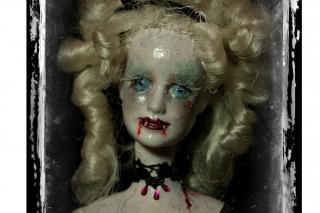Doll Art: Classic Horror