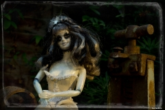 oddscene-deadly-morning-doll-art