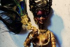 oddscene-the- golden-ourisha-2-doll-art